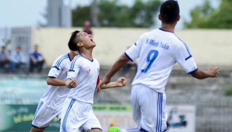 Vòng 22 V-League: Cờ đến tay Quảng Nam!