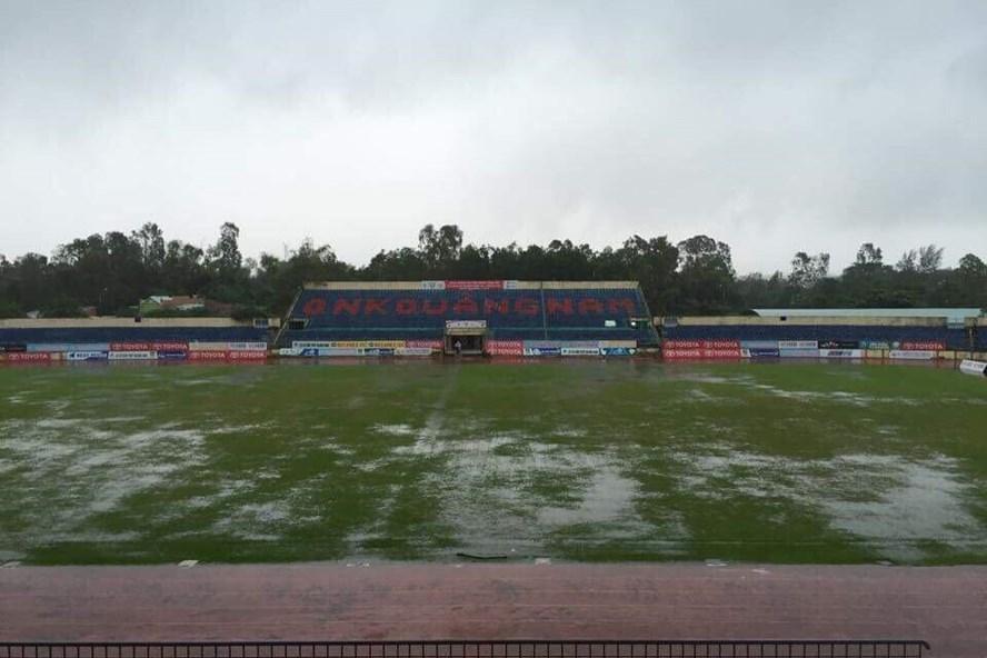Hoãn trận Quảng Nam-Than Quảng Ninh vì bão
