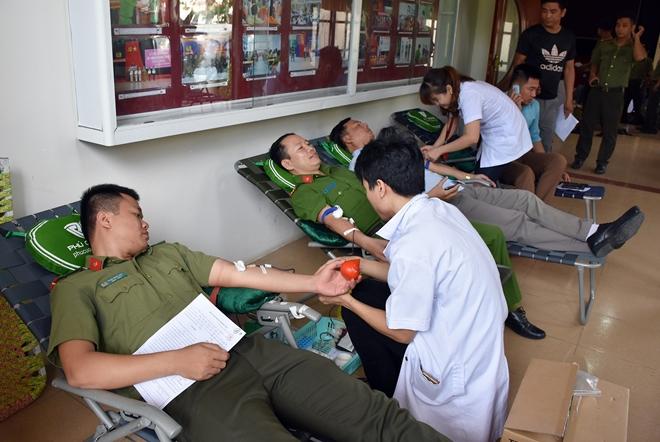Tuổi trẻ CAND lan tỏa phong trào hiến máu tình nguyện